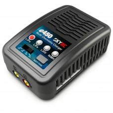 Зарядно устройство SkyRC e450 LiPo, LiFe, LiHV 2-4 елемента и NiMH 6-8 елемента